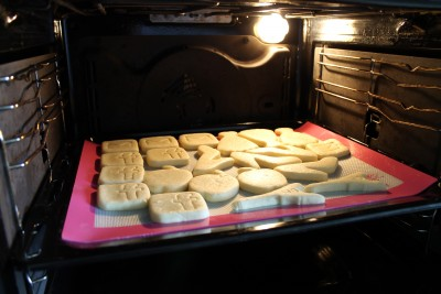 Biscuiti din 3 ingrediente Magie in Cofetarie